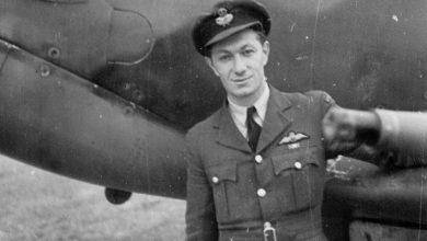 Photo of Ο Λημνιός Πιλότος που κατέρριψε 17 αεροσκάφη στο Β' Π. Πόλεμο !